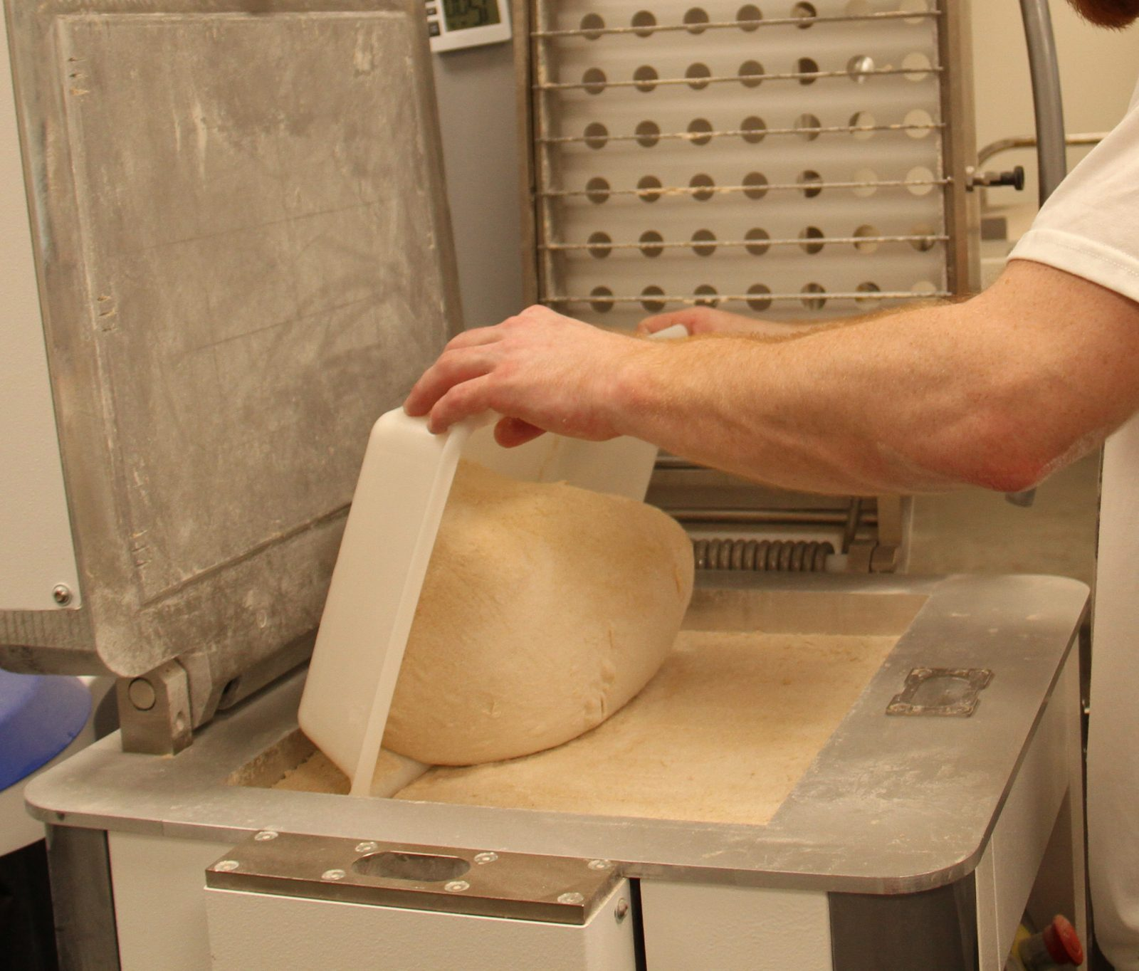 Formeuse à pain division en pâtons